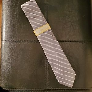 MICHAEL Michael Kors Accessories - Michael Michael Kors grey striped 100% silk tie.